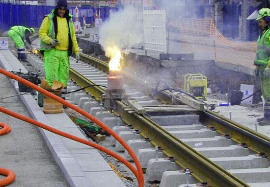 TEC_lightrail_metro