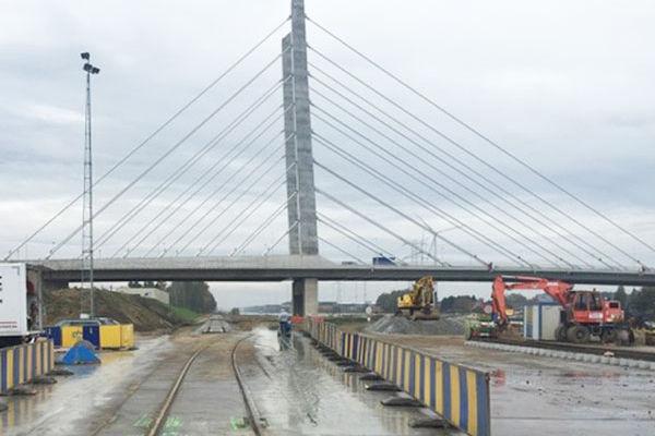 spoor-albertkanaal-oevel-scheepvaart4